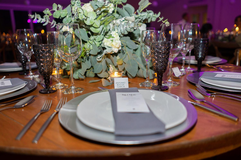 destination_wedding_photographer_wedding_photographyPuerto_Vallarta_AlexyRebeca_Save_the_Date_Canada_Guadalajara_Old_twon_Wedding_ (1)